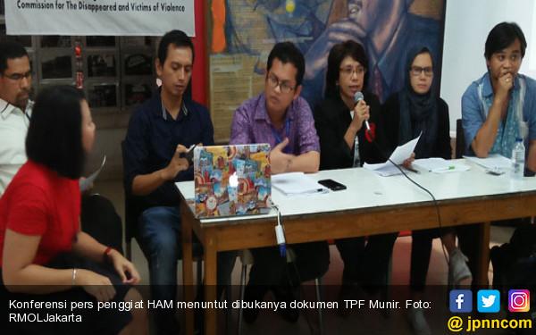 Suciwati Cs Desak Presiden Jokowi Umumkan Isi Dokumen TPF Munir - JPNN.com