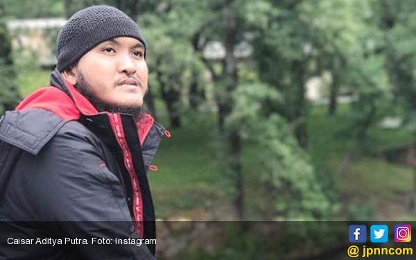 Gara-Gara Foto Teuku Wisnu, Caisar Kebanjiran Ajakan Hijrah - JPNN.COM