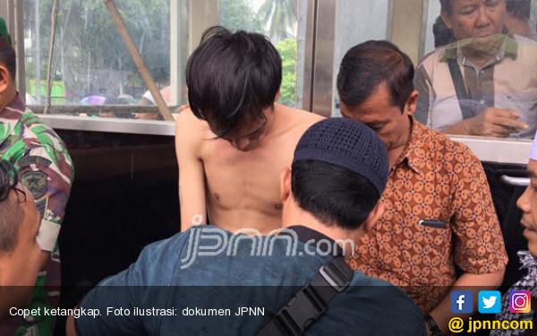 Tergeletak di Pinggir Jalan, Wajah Bonyok Pula - JPNN.COM