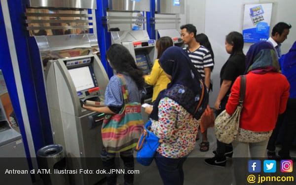 Stok Uang Aman, Perbankan Jamin ATM Tetap Online - JPNN.COM