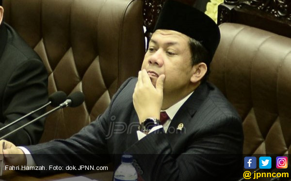 Fahri Hamzah Bela Fadli Zon - JPNN.COM