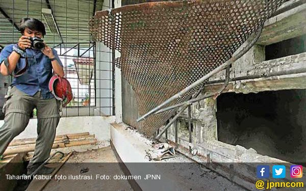 Waspada, Dukun Cabul Ini Ternyata Ikut Kabur dari Sel Tahanan Polsek Sukarami - JPNN.com
