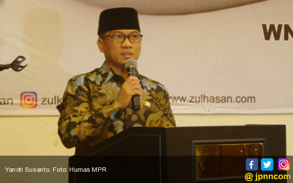 Pak Jokowi, Please Jangan Memolitikkan Isu Daya Beli - JPNN.COM