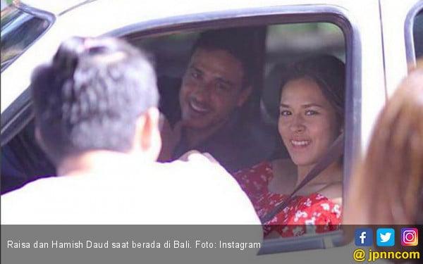 Raisa dan Hamish Daud Memulai Bulan Madunya di Bali  - JPNN.COM