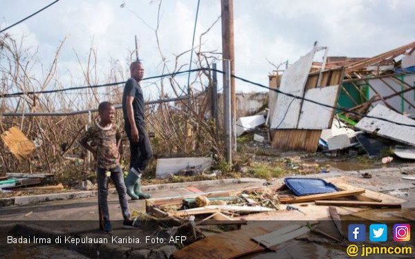Diterjang Badai Irma, Sebagian Rumah Warga Rata Tanah - JPNN.COM