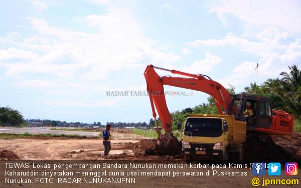 Sopir Truk Meninggal Disambar Excavator - JPNN.COM