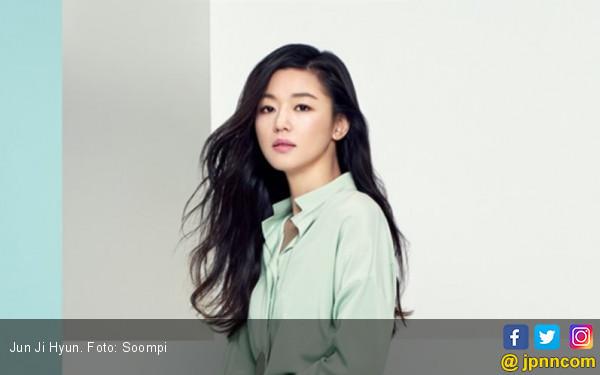 Jun Ji Hyun Merasa Terhormat Ciuman sama Wolverine - JPNN.COM