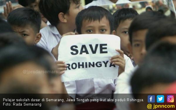 Malaysia Siap Izinkan Pengungsi Rohingya Masuk, Asalkan... - JPNN.COM