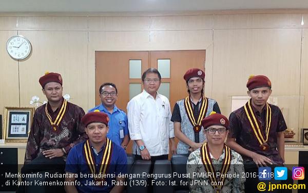 Gandeng PMKRI, Menkominfo Siap Lawan Hoaks dengan Aksi Nyata - JPNN.COM