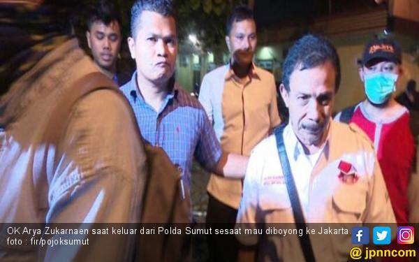 Detik-detik Saat Bupati Batubara Diboyong KPK ke Jakarta - JPNN.COM