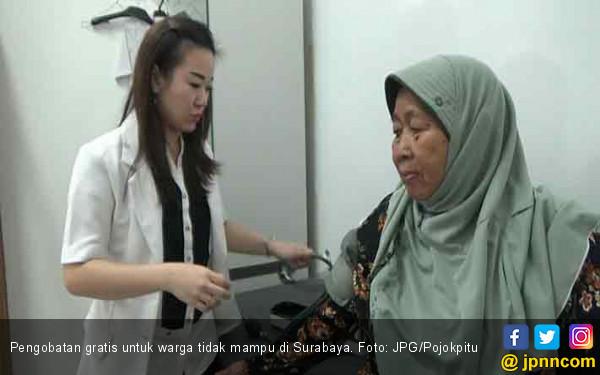 Pengusaha Kaya Gratiskan Pengobatan Untuk Warga Surabaya - JPNN.COM