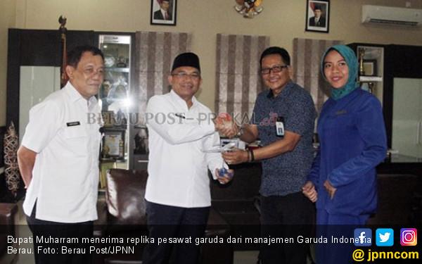 Mulai 30 September, Garuda Layani Rute ke Maratua - JPNN.COM