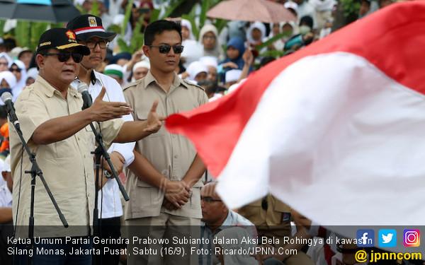 Pengamat Sebut Prabowo Galau Cari Celah Sudutkan Jokowi - JPNN.COM