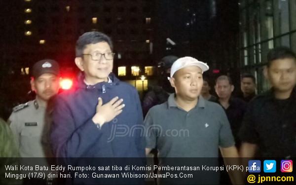 Terancam Dipecat dari PDIP, Eddy Rumpoko Tetap Merasa Bersih - JPNN.COM