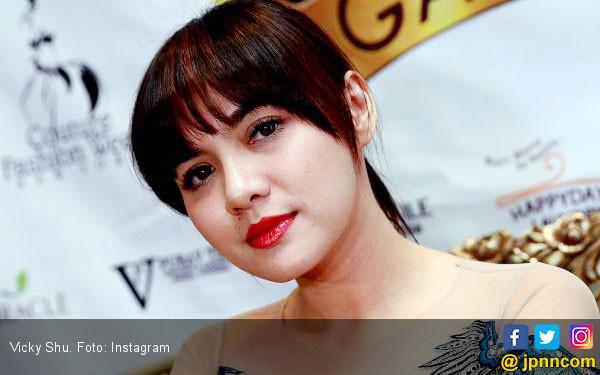 Vicky Shu: Pilihannya Berat - JPNN.com