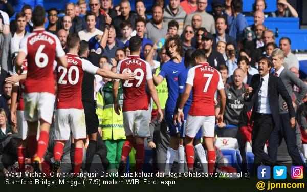 Chelsea Tuding Sanchez Biang Kerok Kartu Merah David Luiz - JPNN.com