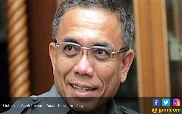 Irwandi Yusuf Resmi Lantik Nazaruddin jadi Wali Kota Sabang - JPNN.COM