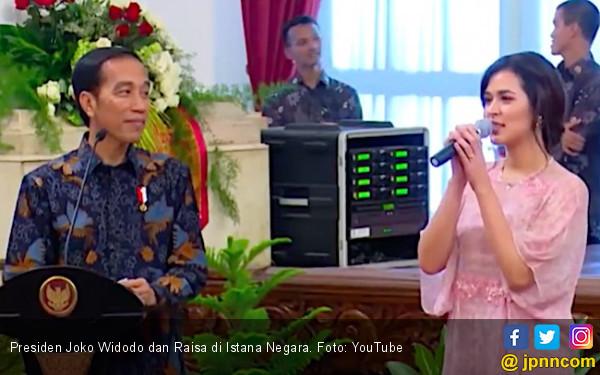 Ahai... Pak Jokowi Terkenang Foto Bareng Raisa - JPNN.COM