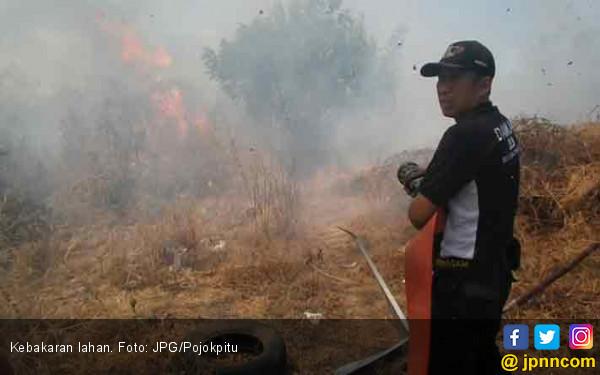 Warga Tambun Langsung Panik Lihat Api Menyambar - JPNN.COM