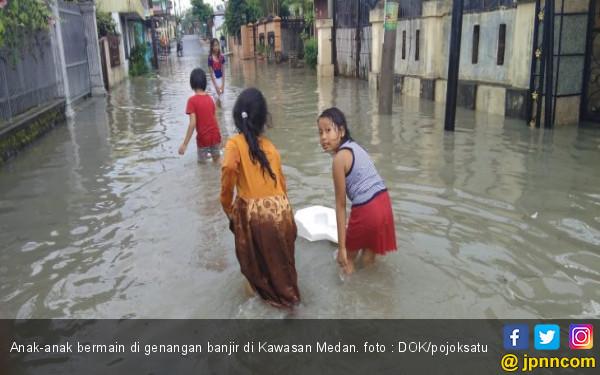 Sembilan Desa di Langkat Terendam Banjir - JPNN.COM