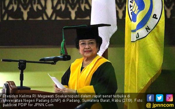 Analisis Pengamat soal Faktor Sejarah Warga Sumbar Ogah Terima PDIP - JPNN.com