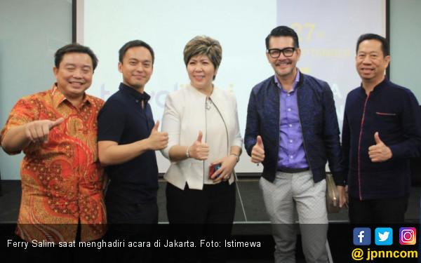 Hobi Jalan-jalan Ferry Salim Bisa Tersalurkan Gara-gara Ini - JPNN.COM
