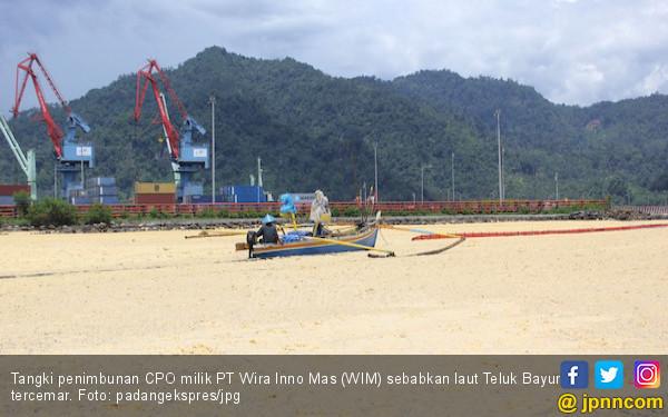 50 Ton CPO Tumpah di Teluk Bayur, Begini Cara Mengatasinya - JPNN.COM