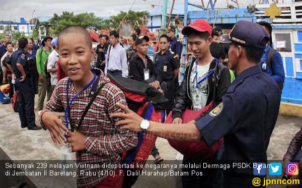 Pemerintah Deportasi 1.200 Nelayan Asal Vietnam Selama 2017 - JPNN.com