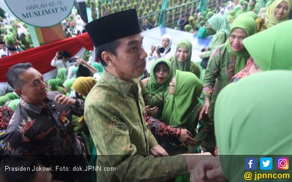 Jokowi: Ibu dan Bapak Sangat Beruntung - JPNN.COM
