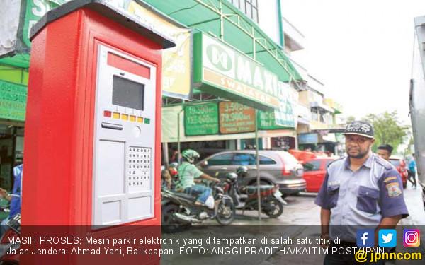 Please, Jangan Kembalikan Jasa Parkir DKI ke Zaman Batu - JPNN.COM