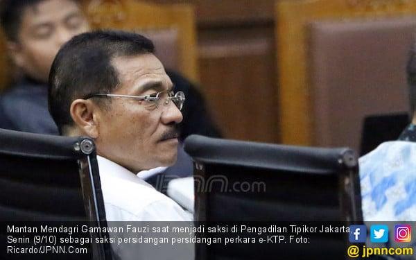 Gamawan Mengaku Diajak Dirjen e-KTP Jalan-Jalan ke Singapura - JPNN.com