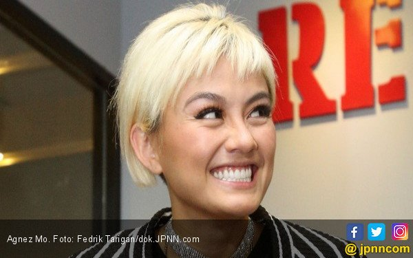 Di Balik Video Mesra Agnez Mo dan Chris Brown 8791d88b74