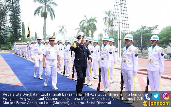 Kasal Terima Kunjungan Panglima AL Vietnam - JPNN.COM