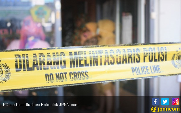 Balita Nahas, Ditemukan Tewas Terkunci Dalam Mobil - JPNN.com