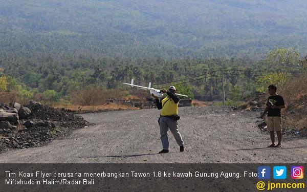 Penerbangan Drone ke Kawah Gunung Agung Gagal Maning - JPNN.COM