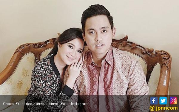 Chacha Frederica Jalani Perawatan Rahim ke Singapura - JPNN.COM