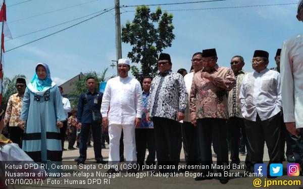 Oesman Sapta Meresmikan Masjid Bait Nusantara di Bogor - JPNN.COM