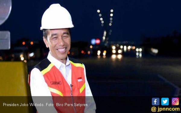 Jokowi Minta Tol Palindra Digratiskan hingga Desember - JPNN.COM