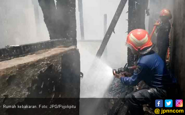 Gara-Gara Goreng Telur, Rumah Terbakar - JPNN.COM