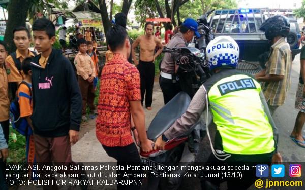 4 Pelajar SMP Kecelakaan Maut, 1 Meninggal di Tempat - JPNN.COM