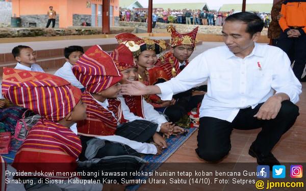 Jokowi Tinjau Relokasi Sinabung dan Rumah Prajurit TNI - JPNN.COM