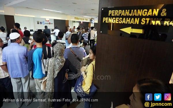 Samsat Online, Bayar Pajak Kendaraan Kelar 2 Menit - JPNN.com