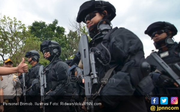 10 Penembak Jitu Siap Amankan Kedatangan Presiden Jokowi - JPNN.com