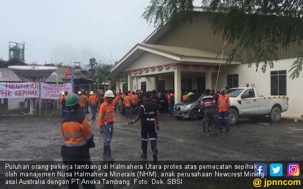 KEJAM! Perusahaan Tambang Asing Pecat Puluhan Pekerja Lokal - JPNN.com
