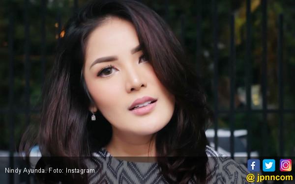 Mantap Bercerai, Nindy Ayunda Minta Hak Asuh Anak - JPNN.com