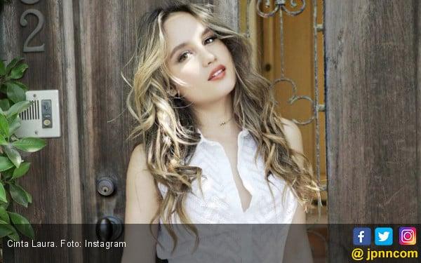 Cinta Laura Nyaris Perankan Nagini di Fantastic Beast 2 - JPNN.COM