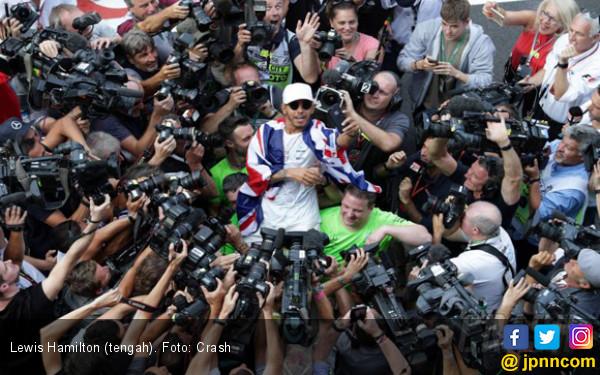 Jelang F1 2018, Lewis Hamilton Beber 3 Lawan Terberatnya - JPNN.COM