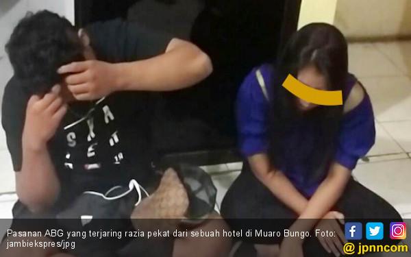 Pasangan ABG Ini Kedapatan Tidur Seranjang di Kamar Hotel - JPNN.COM