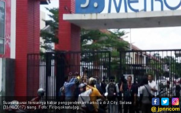 Heboh, Rumah di Komplek Mewah J City Digerebek Polisi - JPNN.com
