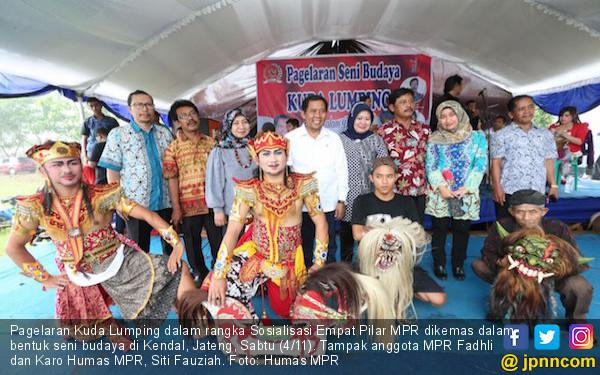 MPR Apresiasi Pagelaran Kuda Lumping di Siboli - JPNN.COM